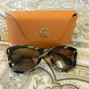 TORY BURCH ABSTRACT TORTOISE SUNGLASSES & CASE